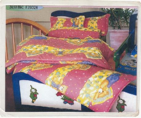 兒童床上用品套件(紅熊)